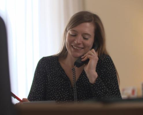 Das Lotsenhaus kann Dank vieler Spenden in Hamburg Trauerbegleitung anbieten - persönlich oder telefonisch und per Videocall